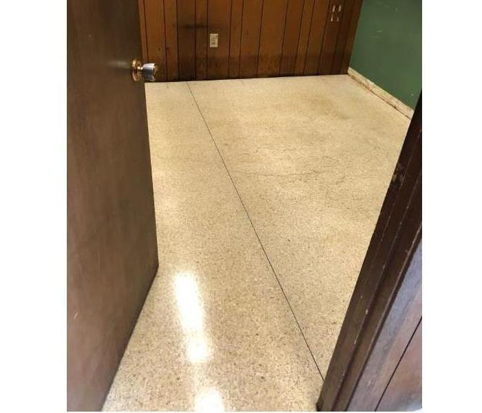 Clean tile at commercial property in Cape Girardeau, MO